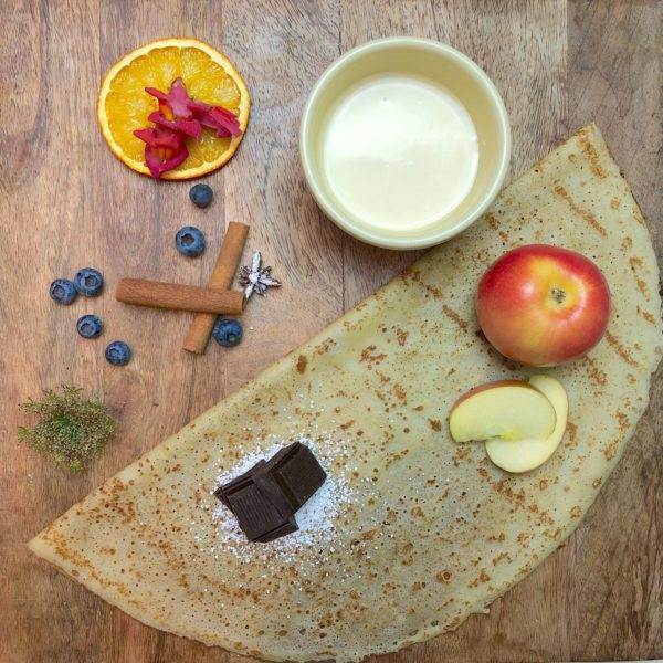 Apple pie crepe
