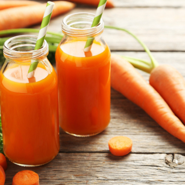 Organic carrot juice (16 oz)